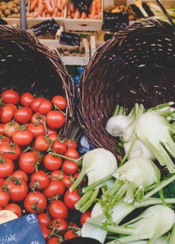 Plaatjes venkel en tomaat laten zien